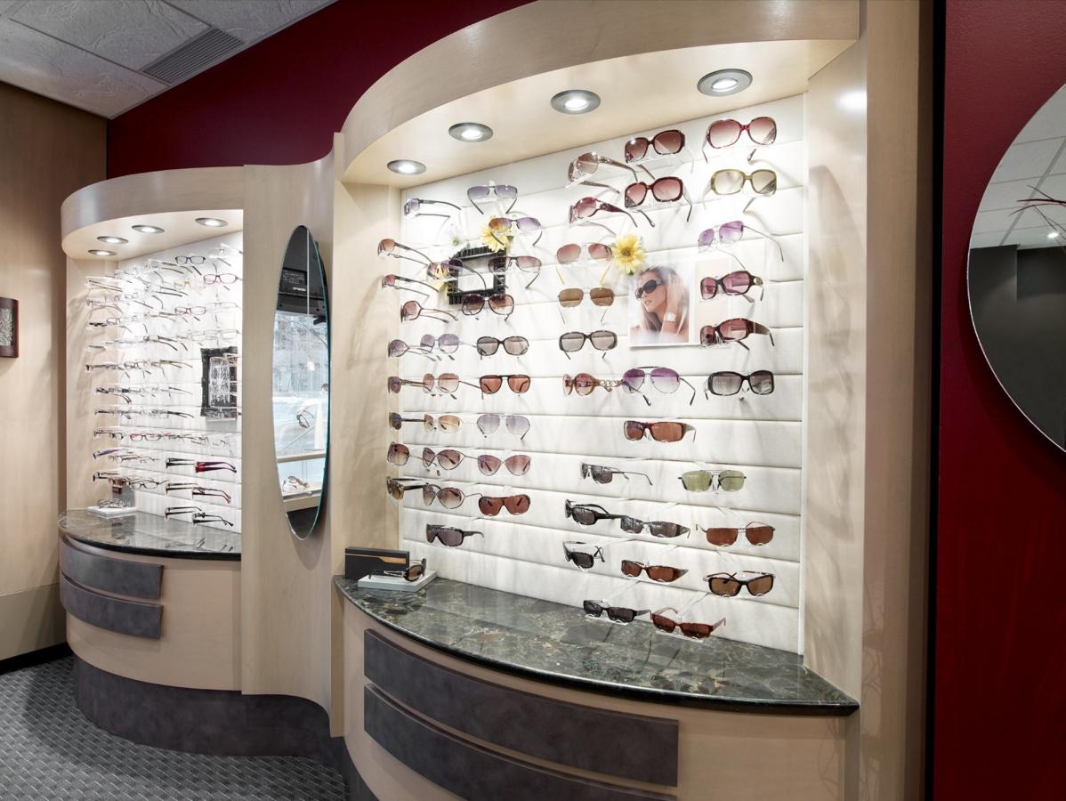 stare-eywear-optical-store-5