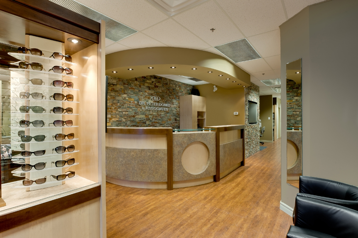 DR._PETER_DONKO_-_OPTOMETRIC_OFFICE